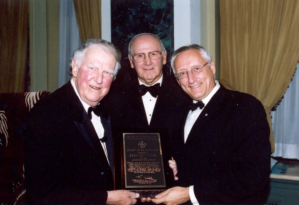 Sir Edmund Hillary, Zeke O'Connor et Bernard Voyer - 6 novembre 2003
